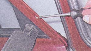 саморез крепления наружного зеркала заднего вида ваз 2107