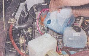 бачок омывателя ветрового стекла ваз 2107