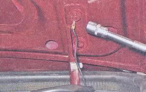«массовый» провод крышки багажника