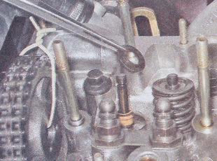 опорная шайба внутренней пружины клапана