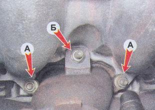 крепление впускного коллектора трубопровода с выпускным коллектором ваз 2107