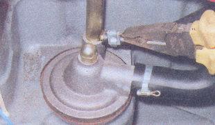 хомуты шлангов вентиляции картера двигателя ваз 2107
