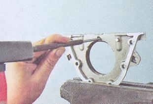 держатель заднего сальника - задний сальник коленвала