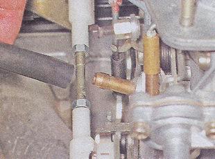шланг подвода картерных газов