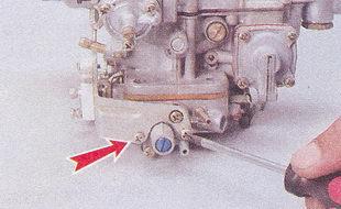 крепление кронштейна микропереключателя и экономайзера ваз 2107
