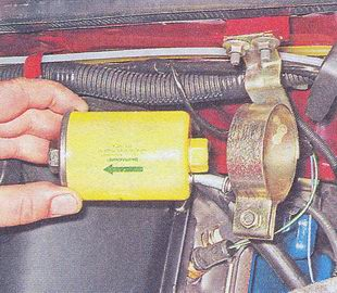 топливный фильтр автомобиля ваз 2107
