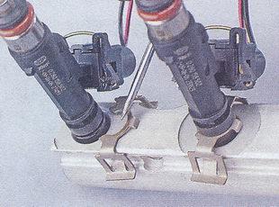 снятия форсунок с топливной рампы автомобиля ваз 2107