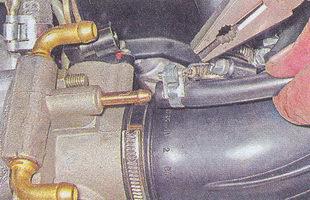 шланг вентиляции картера двигателя ваз 2107