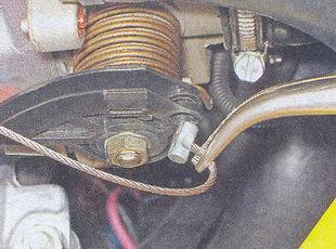 наконечник троса привода дроссельной заслонки ваз 2107