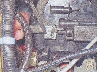 шланг клапана продувки адсорбера ваз 2107