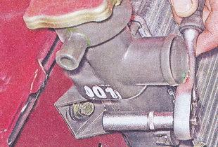болт крепления радиатора ваз 2107