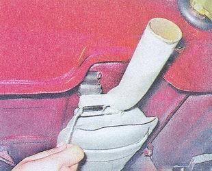Демонтаж основного глушителя Ваз