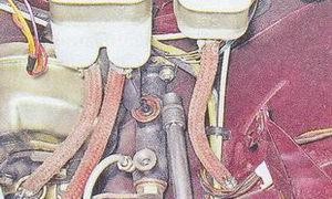 главный цилиндр сцепления автомобиля ваз 2107