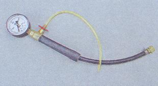 манометр измерения давления в топливной рампе
