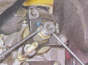 центрирующее кольцо фланца коробки передач ваз 2107
