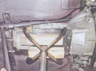 опора коробки передач ваз 2107