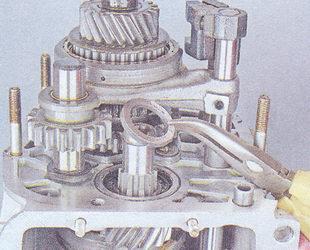дистанционная шайба вторичного вала кпп ваз 2107