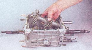 промежуточный вал коробки передач ваз 2107