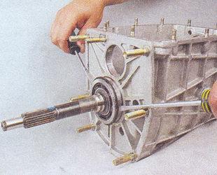 подшипник первичного вала коробка передач ваз 2107