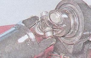вилка заднего карданного вала ваз 2107
