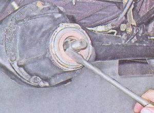сальник картера редуктора заднего моста ваз 2107