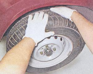 проверка технического состояния верхней шаровой опоры на автомобиле ваз 2107