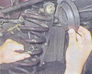 пружина подвески ваз 2107 - прокладка верхней опорной чашки