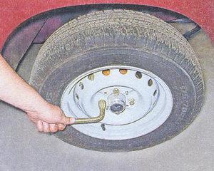 болты крепления колеса