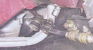 гайки крепления рулевых пальцев боковых тяг