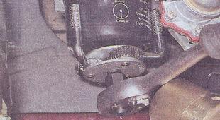 масляный фильтр автомобиля ваз 2107