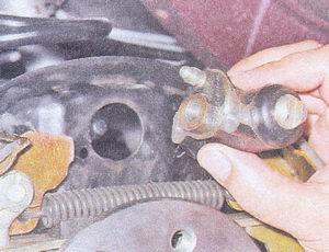 рабочий тормозной цилиндр заднего колеса ваз 2107