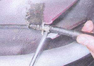 наконечник оболочки троса ручного тормоза