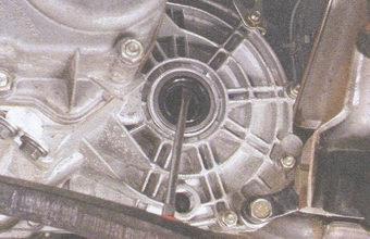 сальник внутреннего шарнира картера коробки передач
