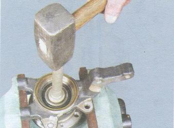 выпрессовка ступицу из внутреннего кольца подшипника