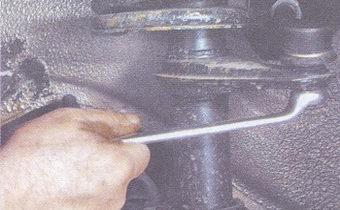 гайка крепления шарового шарнира рулевой тяги