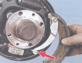 наконечник троса привода ручного тормоза