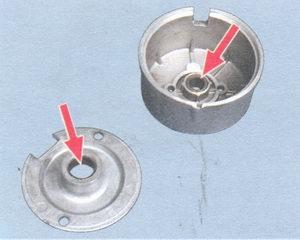 задняя крышка стартера - промежуточная опора