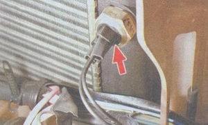датчик электродвигателя вентилятора охлаждения