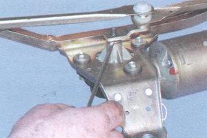 снятие, ремонт и установка стеклоочистителя ветрового стекла на автомобиле ваз 2108, ваз 2109, ваз 21099.