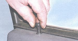 кнопка блокировки замка двери