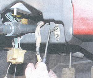 тяга воздушной заслонки карбюратора (подсос)