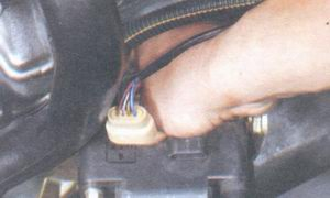 кронштейн - модуль зажигания
