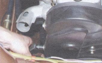 передняя крышка ремня привода распредвала
