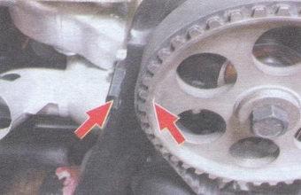 установка поршеня 1-го цилиндра в ВМТ