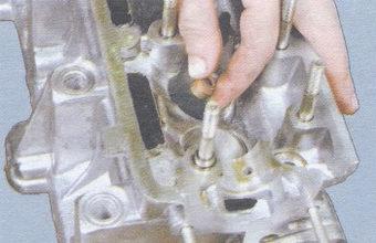 маслоотражательный колпачок