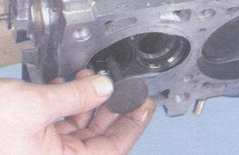клапан - головка блока цилиндров