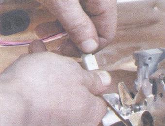 колодка провода выключателя экономайзера принудительного холостого хода (ЭПХХ)