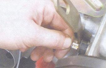 статья про замена прокладки головки блока цилиндров на автомобилях ваз 2108, ваз 2109, ваз 21099. замена прокладки...