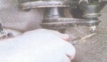 шплинт гайки крепления шарового шарнира рулевой тяги