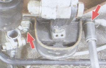 гайки крепления задней опоры силового агрегата к кузову